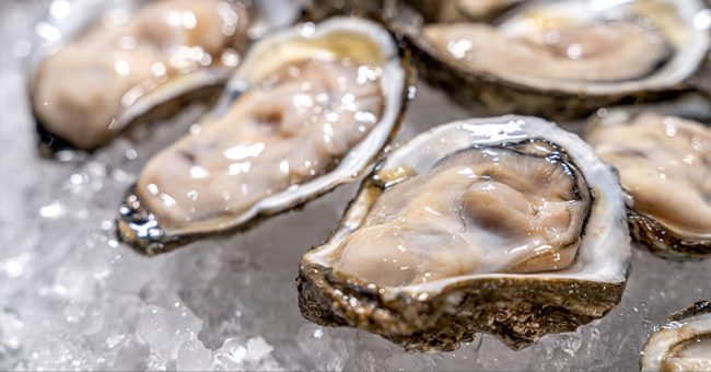 I Just Learned That Raw Oysters Are Still Alive When You Eat Them